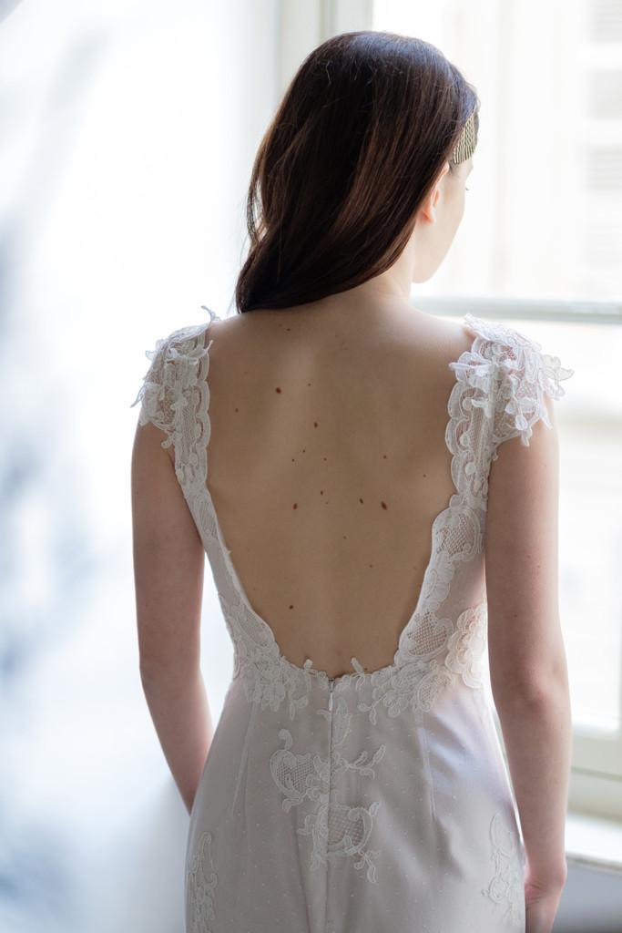 Abito da Sposa con profonda scollatura sulla schiena - dettaglio