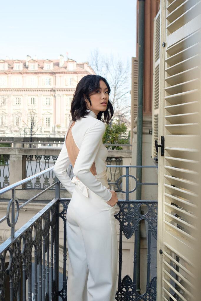Abiti da sposa con manica lunga e pantaloni donna