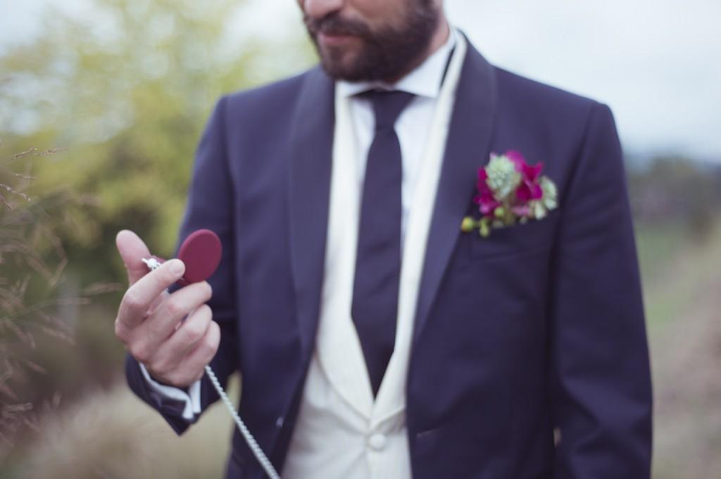 Dettaglio Abito da Sposo Blu